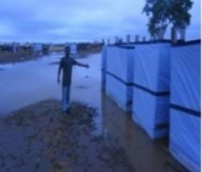 MAURITANIA: L'INTERVENTO AL CAMPO INONDATO DEI RIFUGIATI DAL MALI