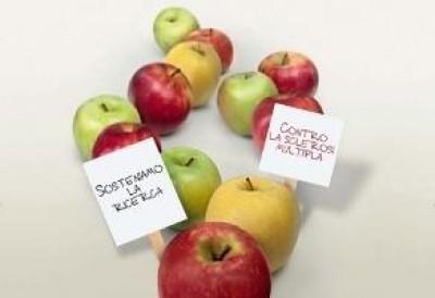 """"""" La mela di AISM """" anche  a Cremona"""