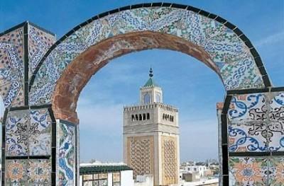 Tunisia: giura il nuovo governo indipendente | Claudio Ser