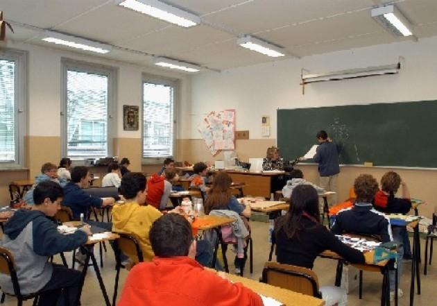Milano, il Comune risponde a De Corato: no raddoppio costi per servizi scolastici