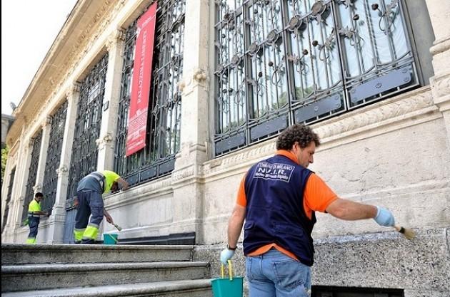 Palazzina Liberty di Milano, applicata la pellicola antigraffiti