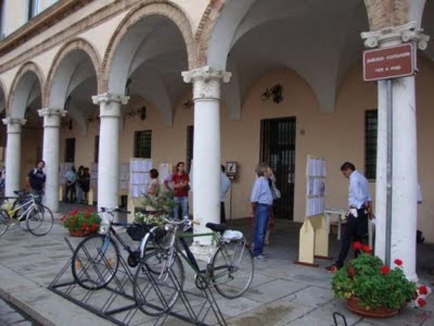 Cremona La  XIX  edizione di  Poesia A Strappo  intitolata  Saldi a Crema