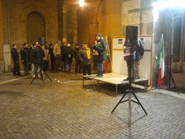 A Cremona solidarietà a Charlie Hebdo: vogliamo restare umani (video 9 gennaio 2015)