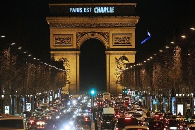 #LaFranceestCharlie #ParisestCharlie #EuropeestCharlie