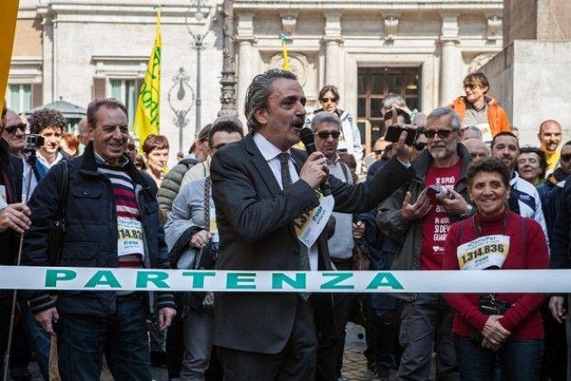 E partita da piazza montecitorio la campagna corroper un for Montecitorio oggi