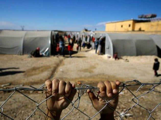 Amnesty International: 'I leader del mondo abbandonano i rifugiati al loro destino'