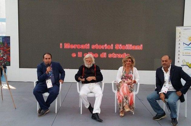 Presentati ad Expo i mercati siciliani nelle opere del pittore Dimitri Salonia