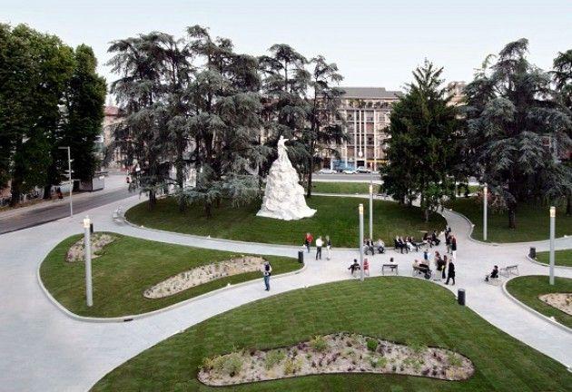 Ufficio Moderno Cremona Orari : E vero la piazza della stazione di cremona va meglio illuminata e