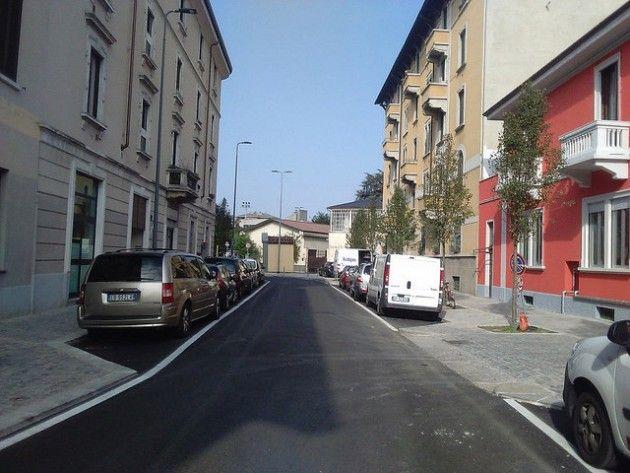 milano nuovi marciapiedi carreggiate aree verde e