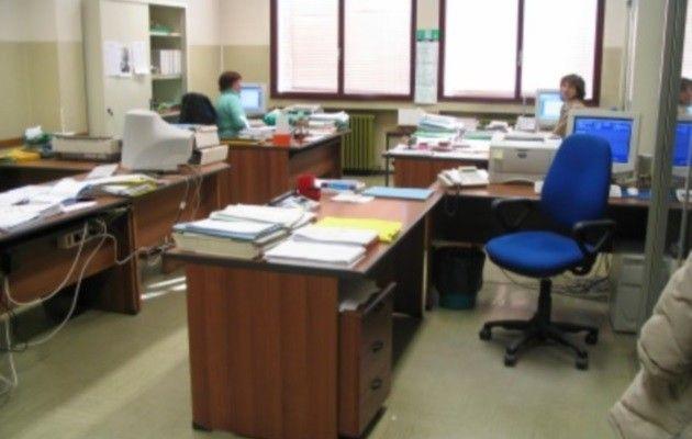 Scuola  Non è il personale ATA che determina la settimana corta di Laura Valenti (Cgil Cremona)