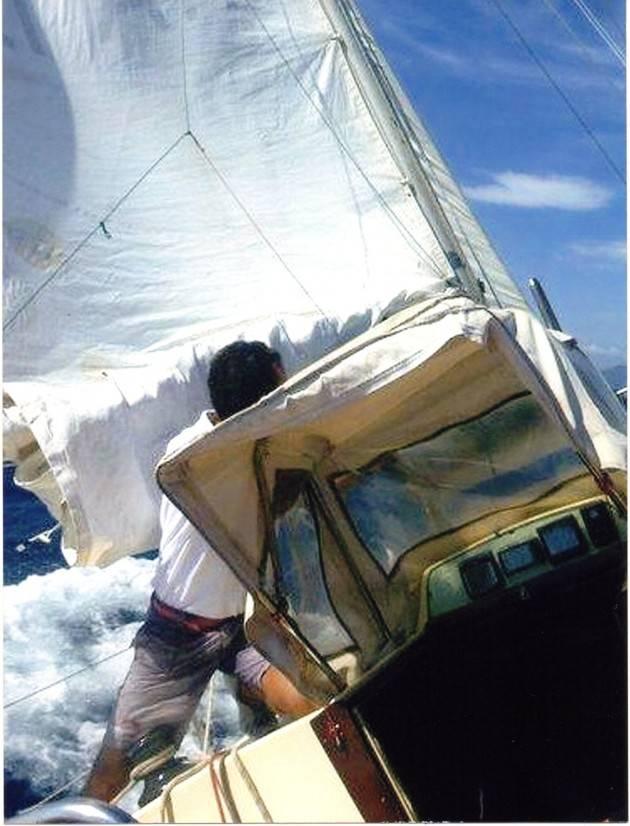 Mondo - Italiano salvato da veliero olandese in Atlantico