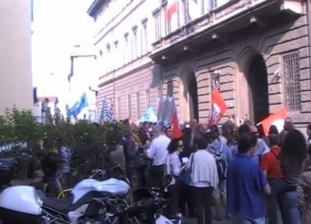 Mobilitazione del Precari anche a Cremona Intervista telefonica a Valenti Laura (Scuola Cgil)