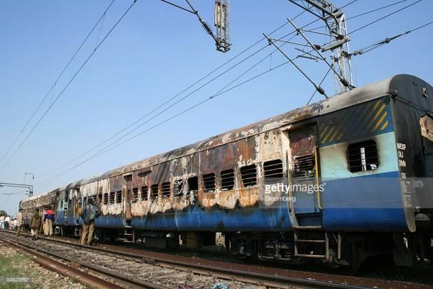 Accadde Oggi 19 febbraio 2007 – Due bombe sul Samjhauta Express uccidono 66 persone