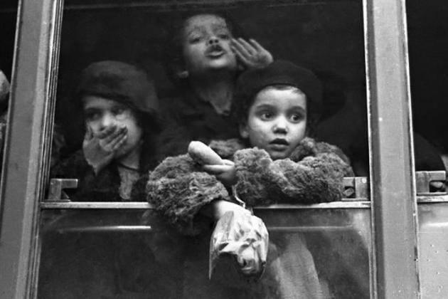 Memo Anpi 'I treni della felicità' Le Donne cremonesi del PCI impegnate nell'accoglienza di bambini nel 1946