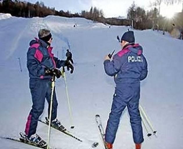 Sondrio - Polizia sulla neve: sequestrato stupefacente ad un minorenne.