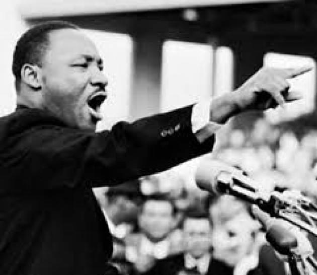 Accadde Oggi 25 marzo 1965 – Martin Luther King guida una marcia di sostenitori dei diritti civili