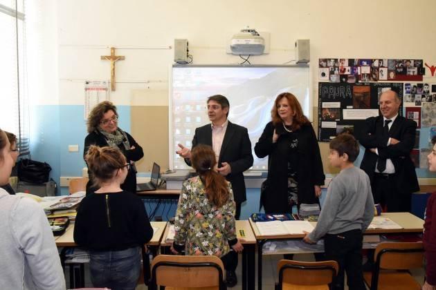 Brescia - Visita sindaco scuola primaria Dante Alighieri