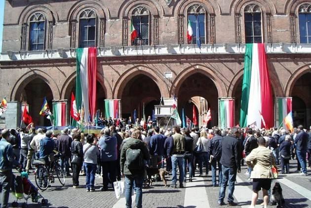L'Eco 25 aprile del 71° della Liberazione a Cremona .Manifestazioni partecipate, ma tra luci ed ombre