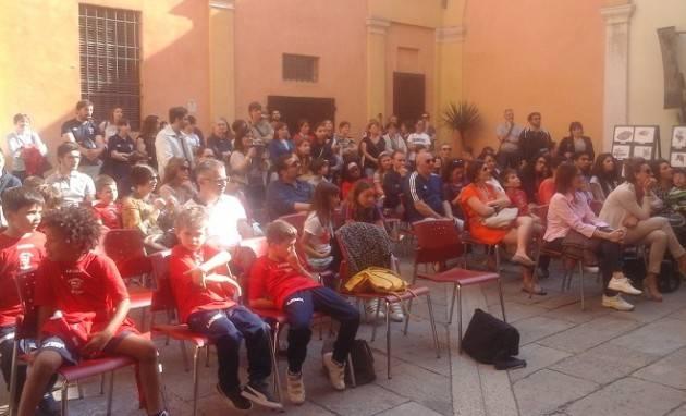 (Video) Cremona Rugby e Centro Fumetto, presentata la nuova mascotte