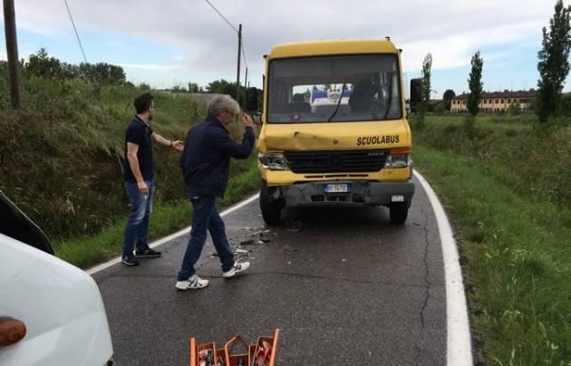 Bertonico - Incidente per lo scuolabus