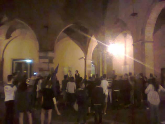 Riuscito il presidio di Arcigay Cremona a ricordo delle vittime nel locale gay di Orlando