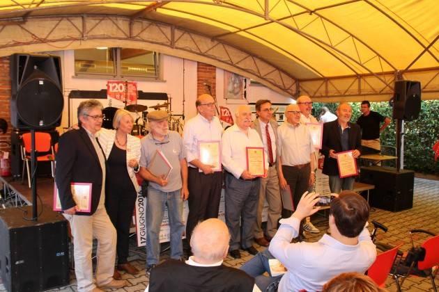 Lodi  Il Segretario Cgil  Franco Stasi 'premia' i sui predecessori nel 120° anniversario della fondazione della Cgil