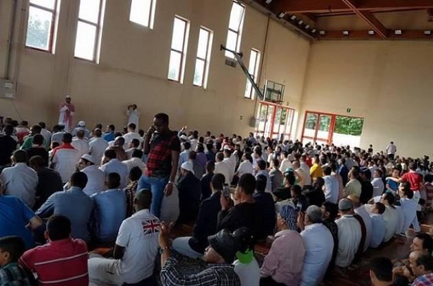 Cremona I pakistani  hanno celebrato la festa del fine Ramadam  'eid ul fitar' di Aftab Ahemed
