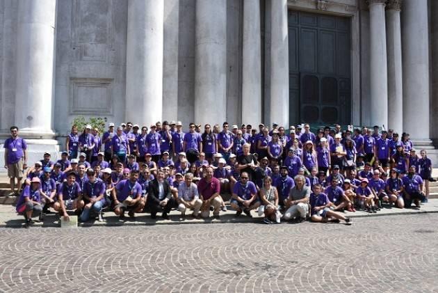 Brescia visita degli scout greci a Palazzo Loggia e in centro storico