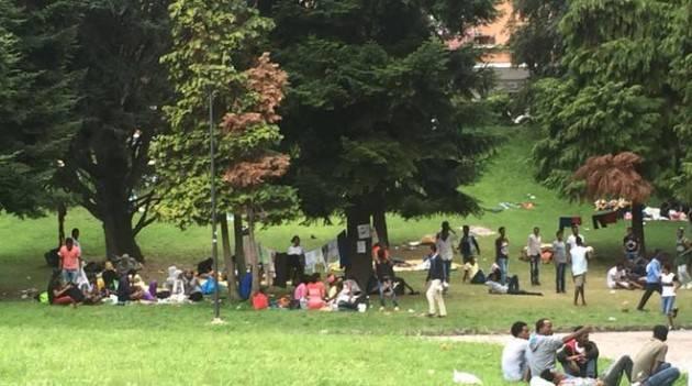 Emergenza profughi a Como. Indignazione per le parole di Salvivi