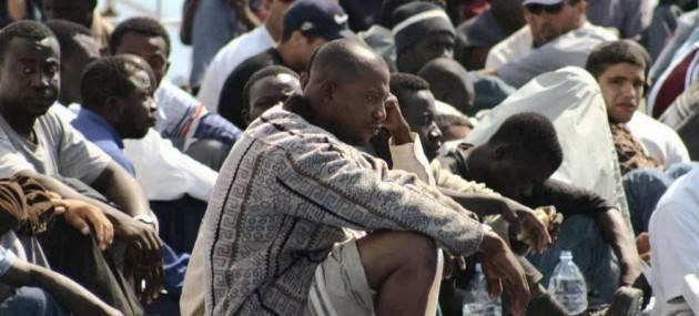 Migranti. ' Padroni in casa nostra ?' Non buttiamo benzina sul fuoco di Angelo Rosa (Viadana)