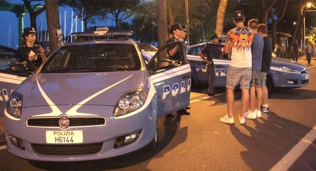 Desenzano del Garda - Indagati in quattro (di cui 3 minorenni) per furto ai danni di un tredicenne.