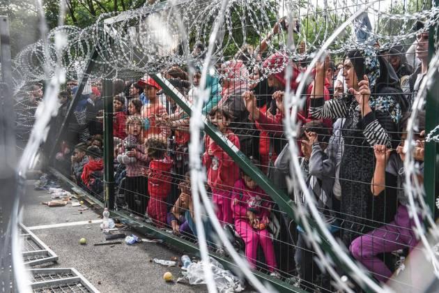 Pianeta migranti. Doppio business sulla pelle dei rifugiati.