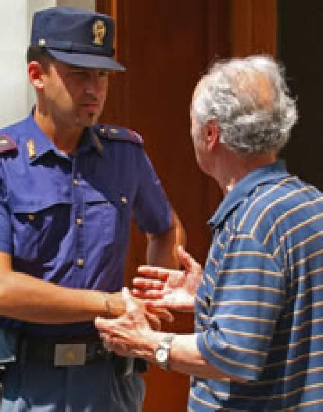 Denunciate dalla Polizia di Stato per furti con destrezza ai danni di persone anziane