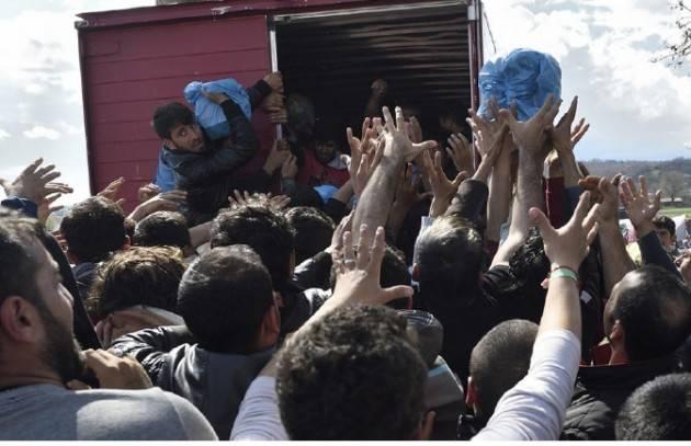 Pianeta Migranti. Appello dei sindaci di New York, Londra e Parigi per l'accoglienza