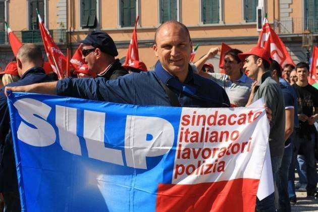 Migranti Silp Cgil contro Salvini: inaccettabile l'invito a disobbedire