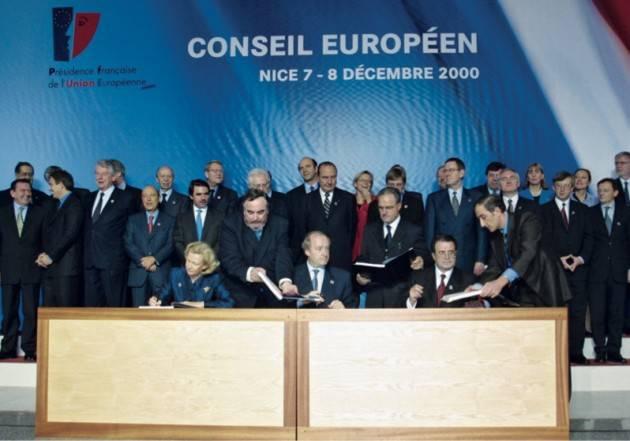 AccaddeOggi 7 dicembre 2000 – A Nizza viene  proclamata la Carta dei diritti fondamentali dell'Europa