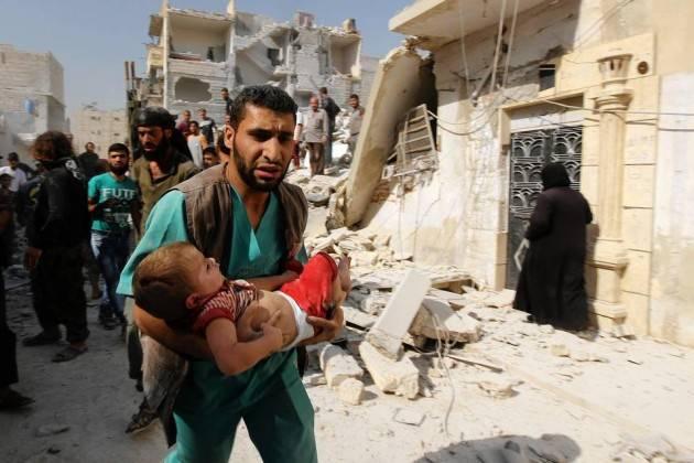 le notizie di esecuzioni extragiudiziali di civili ad Aleppo indicano che sono in corso crimini di guerra