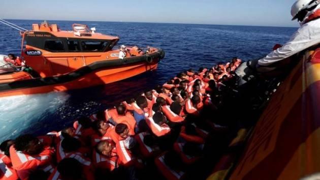 Pianeta migranti. Frontex tenta di criminalizzare le Ong che salvano i migranti