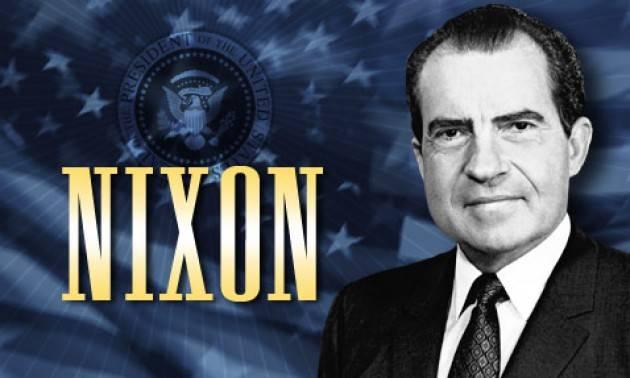 Accadde Oggi 4 gennaio 1974 – Il presidente statunitense Richard Nixon si rifiuta di consegnare il materiale richiesto sullo Scandalo Watergate.