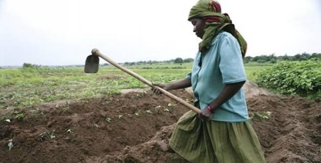 Pianeta migranti. Il furto delle terre africane obbliga a migrare