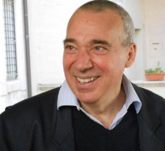 Il Personaggio Una conversazione con Carmelo Musumeci by  Roberto Fantini