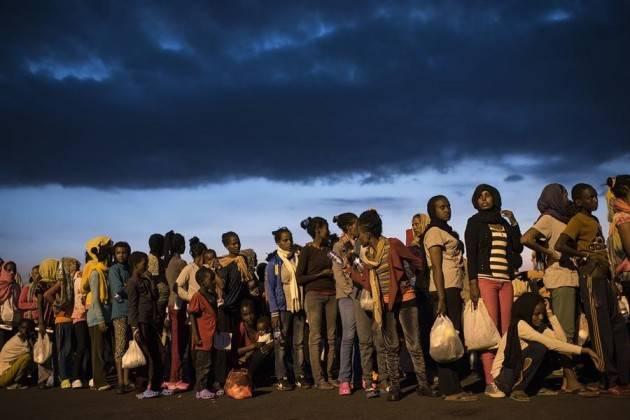 Pianeta migranti. Per fermare i trafficanti di uomini occorrono corridoi umanitari.