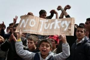 Amnesty all'Europa . Troppo alto il costo  umano accorto migranti con Turchia No a repliche