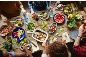 Commercio. Parte la Milano con JUST EAT la prima consgena di 'Ristorante Solidale'