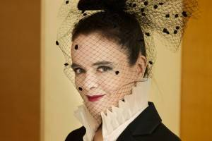 "Cremona, Porte Aperte Festival: Amélie Nothomb presenta ""Riccardin dal ciuffo"""