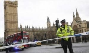 (Video) Londra 4 morti e molti feriti nell'attentato fuori dal Parlamento di Westminster. Ucciso attentatore