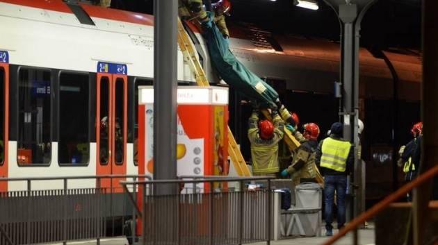 Pianeta Migranti. 'Non salire sul tetto del treno, pericolo di morte!'
