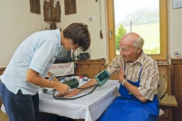 Pianeta Anziani Regione Lombardia: la presa in carico dei pazienti cronici . Accordo con Cgil-Cisl-Uil