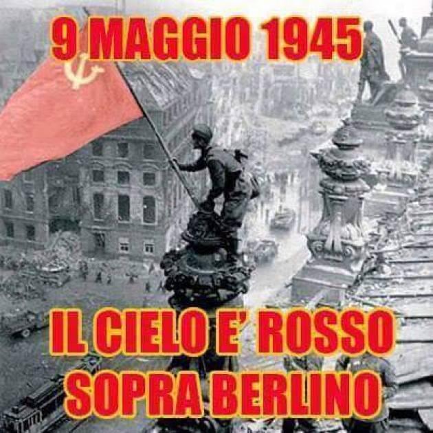 La bandiera rossa sventola sul  Terzo Reich. E' il 9 maggio 1945