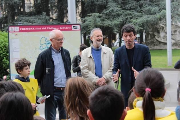 Agropolis Cremona 'Diversamente uguali 2017'  Giro in carrozzina lungo le vie cittadine, numerosi i partecipanti